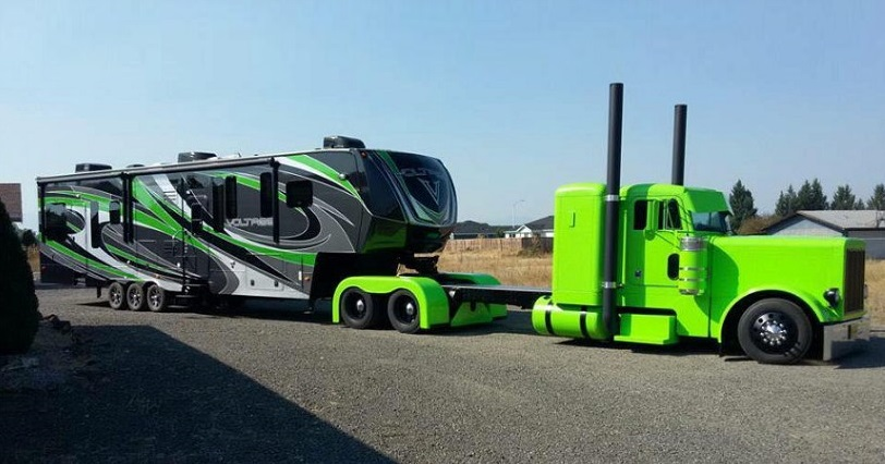 Wow! A Custom Semi Pulling a Luxury Fifth Wheel