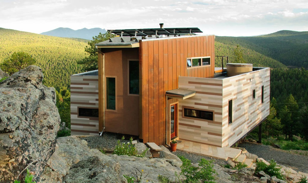 Shipping Container House ... It's Off Grid